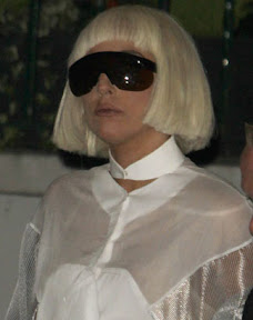 lady-gaga-looks-out-of-this-world-she-hits-london-photos