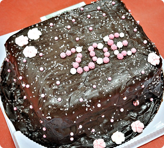 Chocolate-chip-cookie-brownie-cake