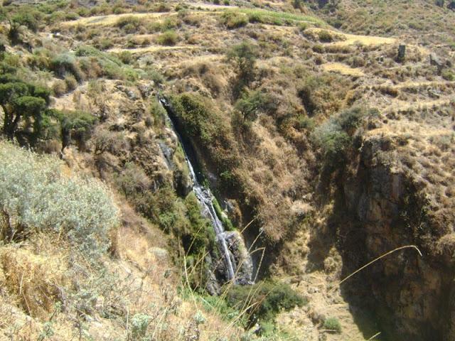 Cascada camino a Chingana