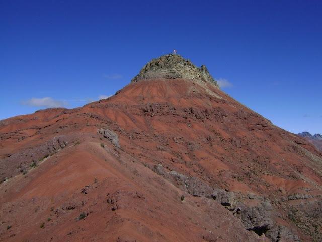 Monte Meiggs visto desde el inicio de la arista