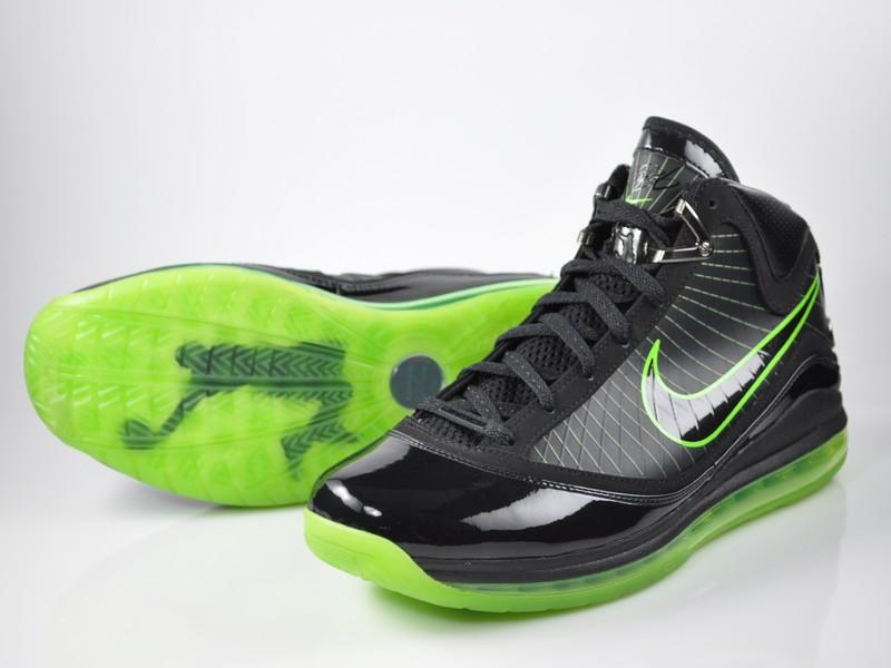 Dunkman   NIKE LEBRON - LeBron James Shoes
