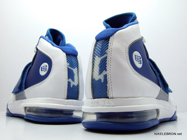 Nike Zoom Soldier IV TB WMNS 8211 WhiteRoyal Sample New Photos