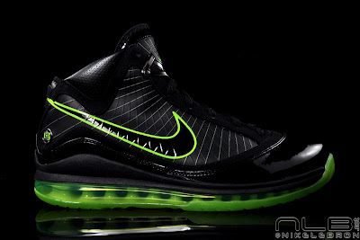 lebron7 black dunkman 62 web Air Max LeBron VII Black/Electric Green aka Dunkman Showcase