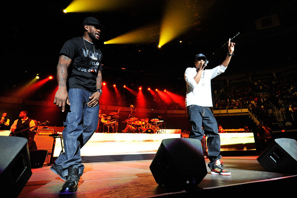 LeBron Rocking Black ZLVI During Concert for Obama with JayZ ...
