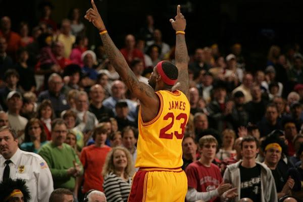 Hawks Stop Cavaliers8217 Eleven Game Winning Streak