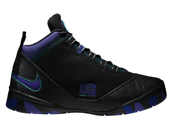 Nike Zoom Soldier II Hornets Edition at Nikestorecom