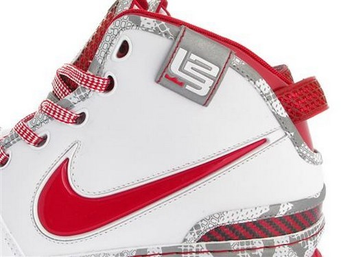 Release Date Reminder Ohio State and Royal Zoom LeBron VI