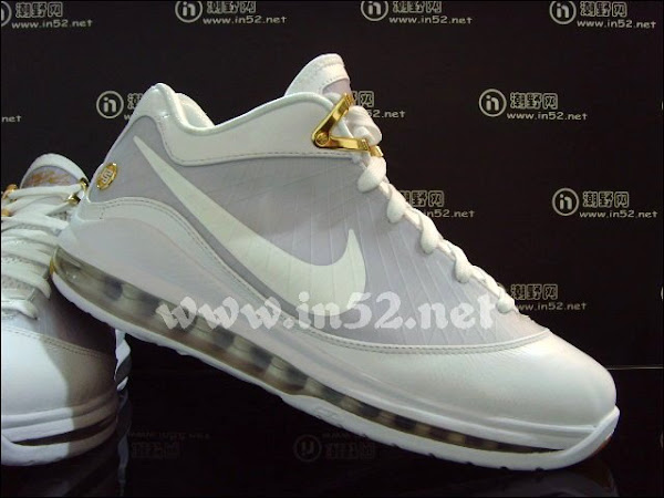Air Max LeBron VII Low 8211 WhiteGold 8211 Debuts on June 4th 140