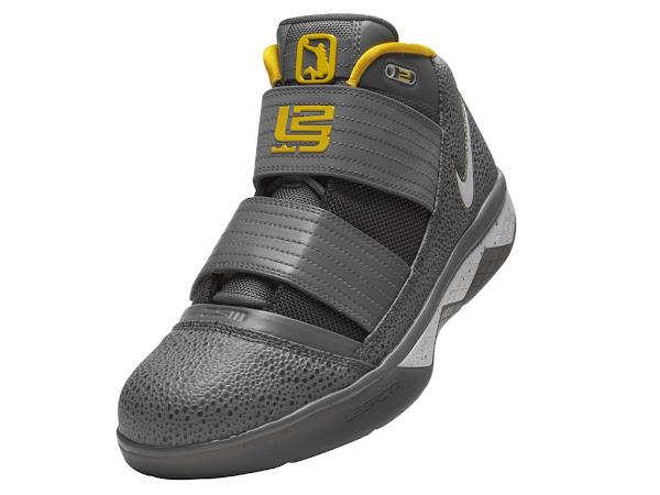 Nike Zoom Soldier III Speckled Grey aka 8220Safari8221 Catalog Pics
