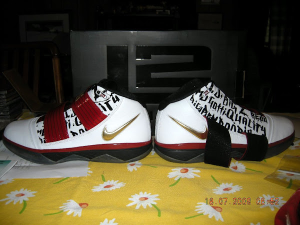 LeBron James8217 Nike Zoom Soldier 3 NBA Finals Edition