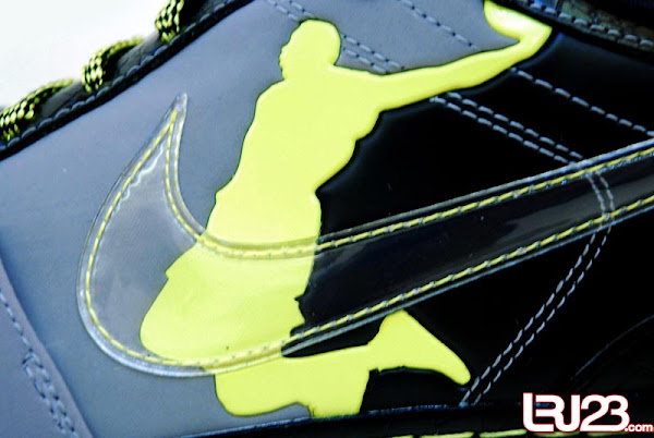 First Look at the Nike Zoom LeBron VI Low Supreme Dunkman