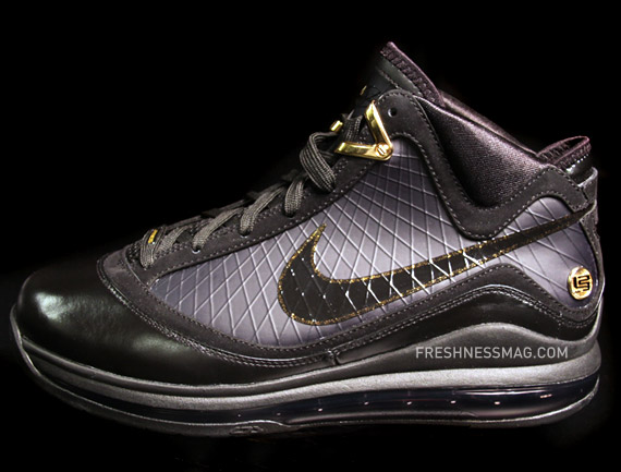 Upcoming Nike Air Max LeBron VII 8211 BlackMetallic Gold ...