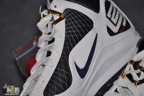 Detailed Look at the Recently Released Navy Air Max LeBron VII
