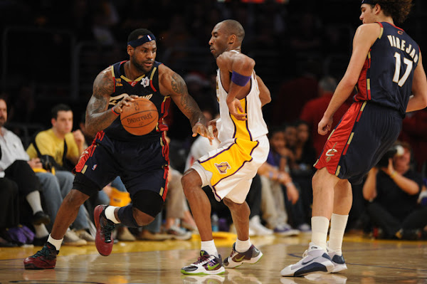 LeBron Cavs Shine in Rout of Kobe Lakers LBJ Debuts the Xmas VII
