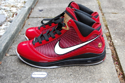 nike air max lebron 7 pe hero pack deion 3 04 Air Max LeBron VII Heroes Pack Deion Sanders   New Photos