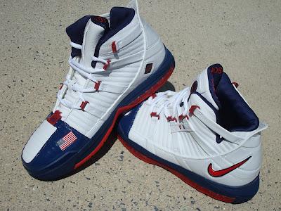 usabasketball lebron3 mid flag 01 USA Basketball
