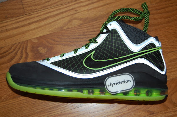 DJ Clark Kent x Nike Air Max LeBron VII 82201128221 Detailed Photos