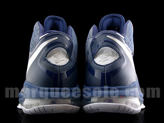 Nike Air Max LeBron 8 V2 NavyWhiteSilver New Images