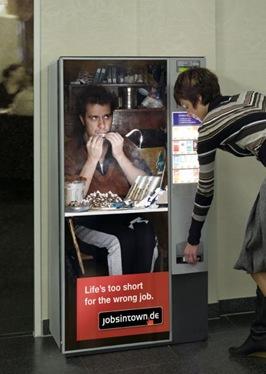 ambient-marketing-campagne-recrutement-cigarettes