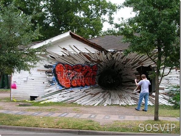 hole-house (500 x 375)