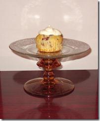 mini cake stand