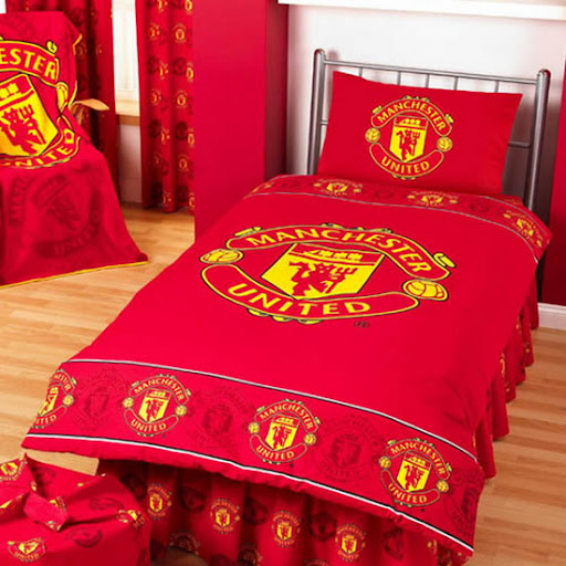 manchester united wall ideas, manchester united room ideas