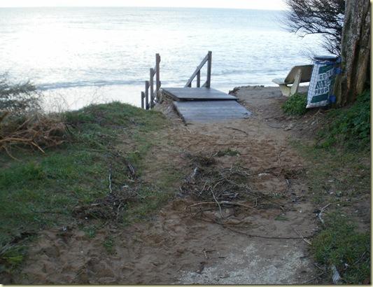 Escalier accès plage des Boulassiers