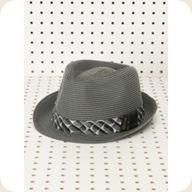 product-images--b2e49749e7266c41d2bb5615312736a2488182db-ac882917f6561470--jpg_sqthumb_large--menshats-quiksilver-shamrock-hat