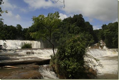 Cascadas del Lago Azul (6)