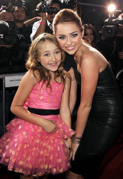 Miley Cyrus: Premier de The Last Song Lastosong-premier-BDLT-7