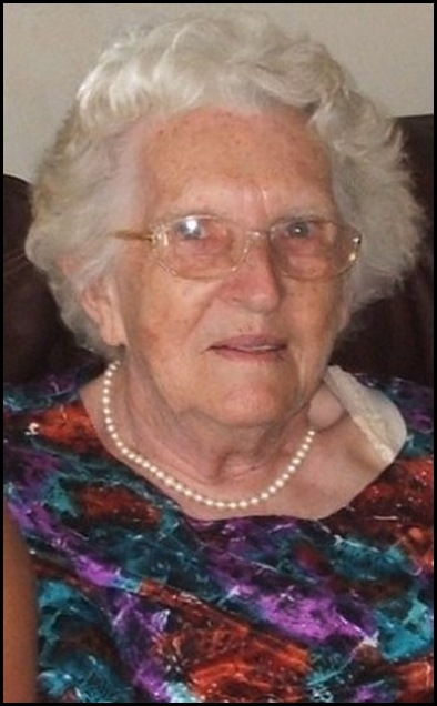 Blignaut Johanna 78 librarian Plettenberg Bay killed by two youths after making them sandwiches Sept 21 2009 Neil Oelofse