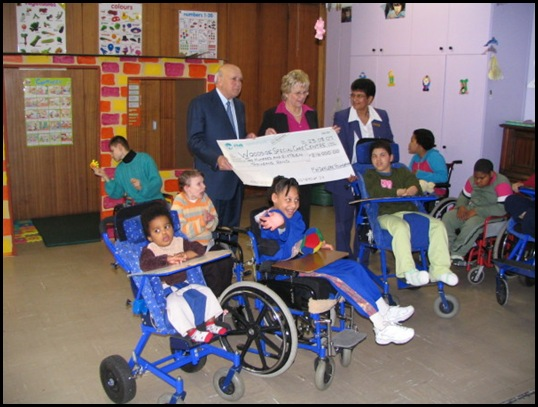 Woodside school for handicapped FW de Klerk donation 2009