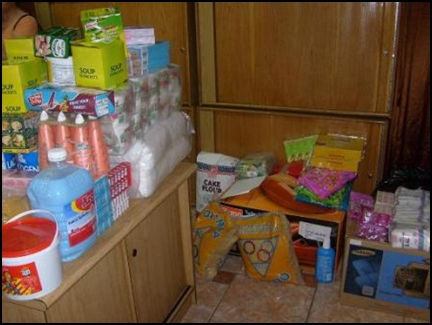 Lochvaal destitute Afrikaners food donation Pretoria Voortrekkers