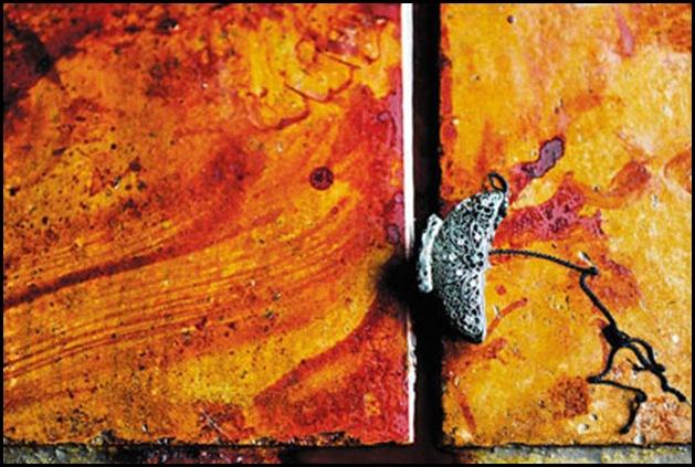 Desfountein Piet murder scene hairclip on bloodsmeared floor KrugersdorpDec162010