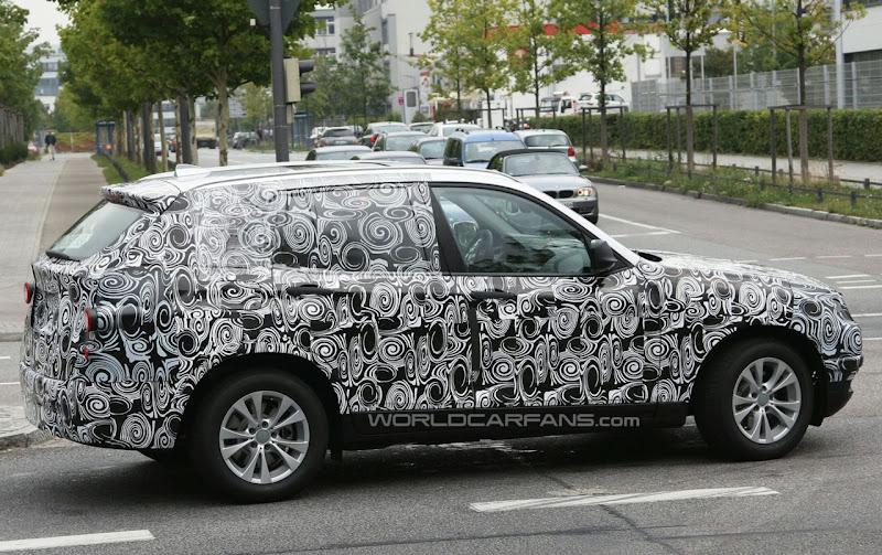 BMW X3 Spied