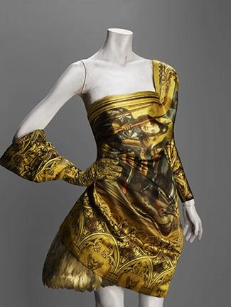 Dress-autumnwinter-2010-1-016