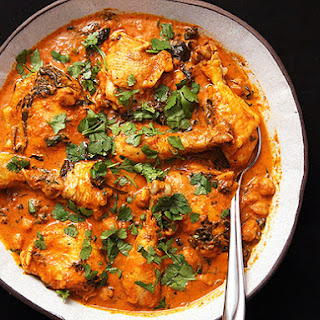 Easy 30-Minute Pressure Cooker Chicken and Chickpea Masala