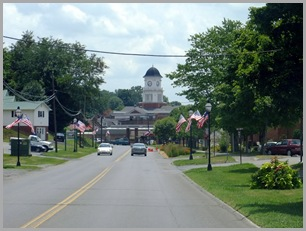 Entering Jonesborough on Boone Street