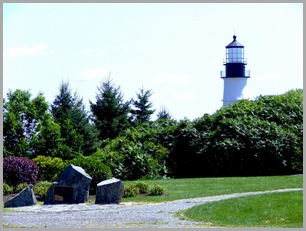 Approaching the Lighthouse From Fort Williams