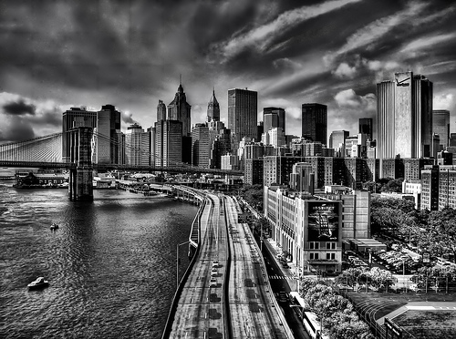 40 Spectacular Black and White Photographs of Cityscapes