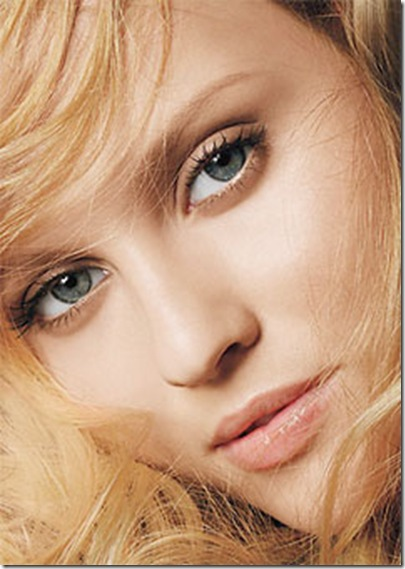 0826-natural-makeup-model_li