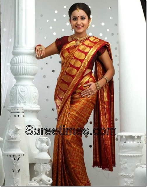 Bhama_Traditional_Saree