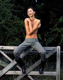 Miranda Kerr Topless (6)