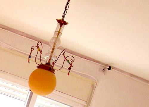 como renovar una vieja lampara con pintura