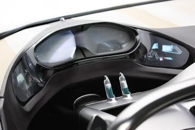 Peugeot SR1 Concept-03.jpg