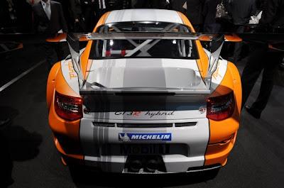 Porsche 911 GT3 R Hybrid-02.jpg