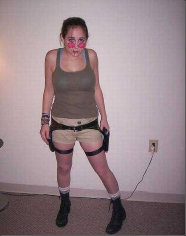 Os piores cosplays de Lara Croft (4)