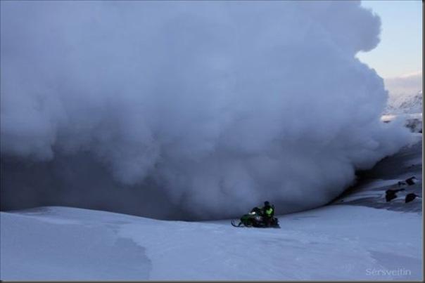 Uma erupção do vulcão islandês (3)