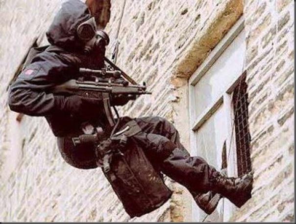Fotos de forças especiais de diferentes países em ação (36)