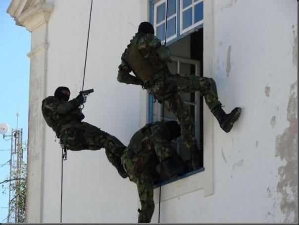Fotos de forças especiais de diferentes países em ação (19)